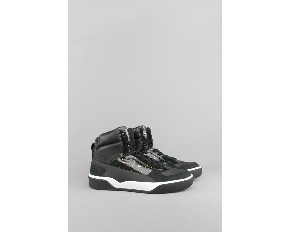 new product cfdd9 78d2c All The Sneakers: PUMA X ALEXANDER MCQUEEN MCQ TECH RUNNER MID BLACK ...